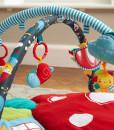 Little Bird Told Me hraci deka s aktivitami s hudebnim slunickem f