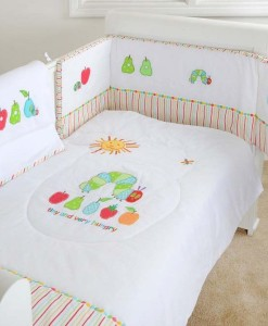 Very Hungry Caterpillar set do postylky s mantinelem a