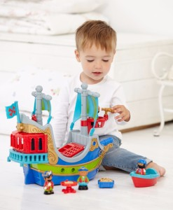 Early Learning Centre piratska lod Happyland a