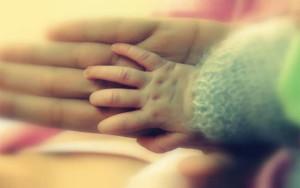 Dítě přišlo na svět předčasně, ale zcela zdravé.  Ilustrační foto