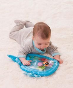 Infantino vodni podlozka velryba se zviratky b