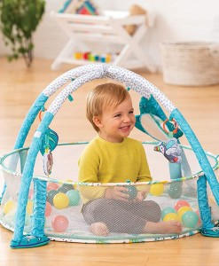 Infantino hraci deka s hrazdou, ohradkou a balonky 3v1 Jumbo b