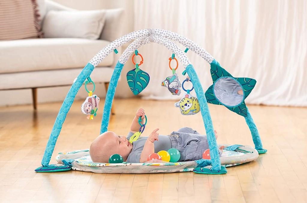 Infantino hraci deka s hrazdou, ohradkou a balonky 3v1 Jumbo c